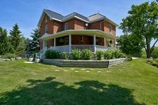 Stayner Hobby Farm for sale:  4 bedroom 2,360 sq.ft. (Listed 2018-09-17)